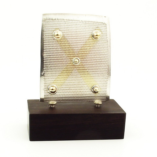 Gold X earring stand